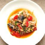 【簡単時短レシピ】サバ缶とミニトマトのごま油そうめんの作り方 How to make mackerel and cherry tomato sesame oil somen noodles