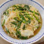 【基本のレシピ】 簡単! もやしと ニラの とろっと 卵とじ のレシピ 作り方