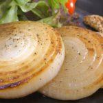 【簡単で美味しい!】料理人が作る『玉ねぎステーキ』のレシピ