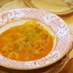 【鳥のトマト煮のレシピ】簡単!人気の鶏とキャベツのトマト煮こみの作り方